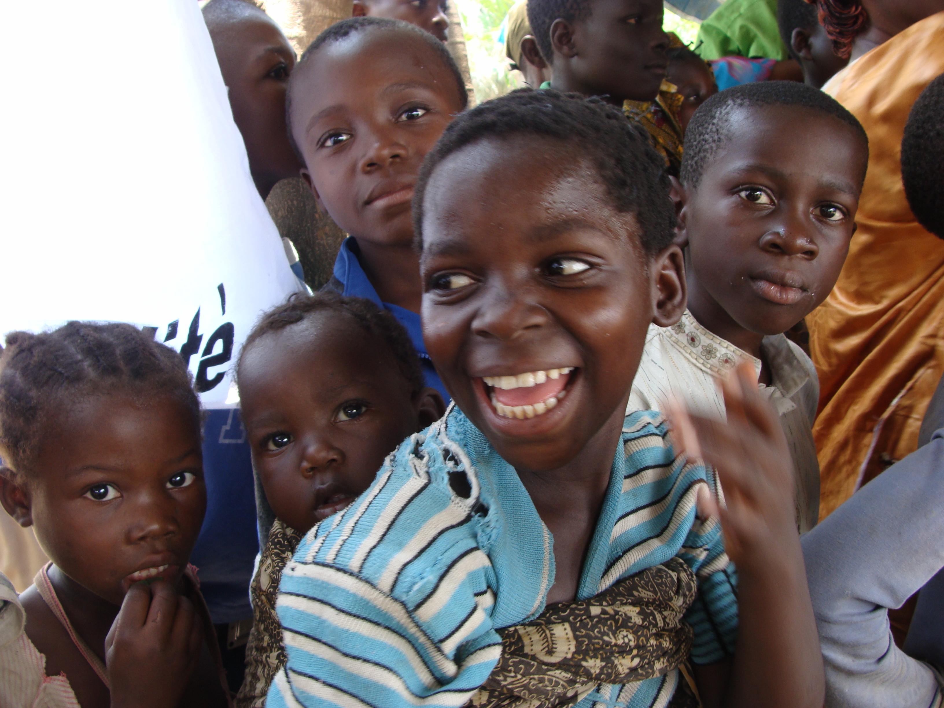 'Alle instanties zouden hun verantwoordelijkheid moeten nemen om jongeren kansen te geven', aartsbisschop Marcel Utembi Tapa © RR/Tertio