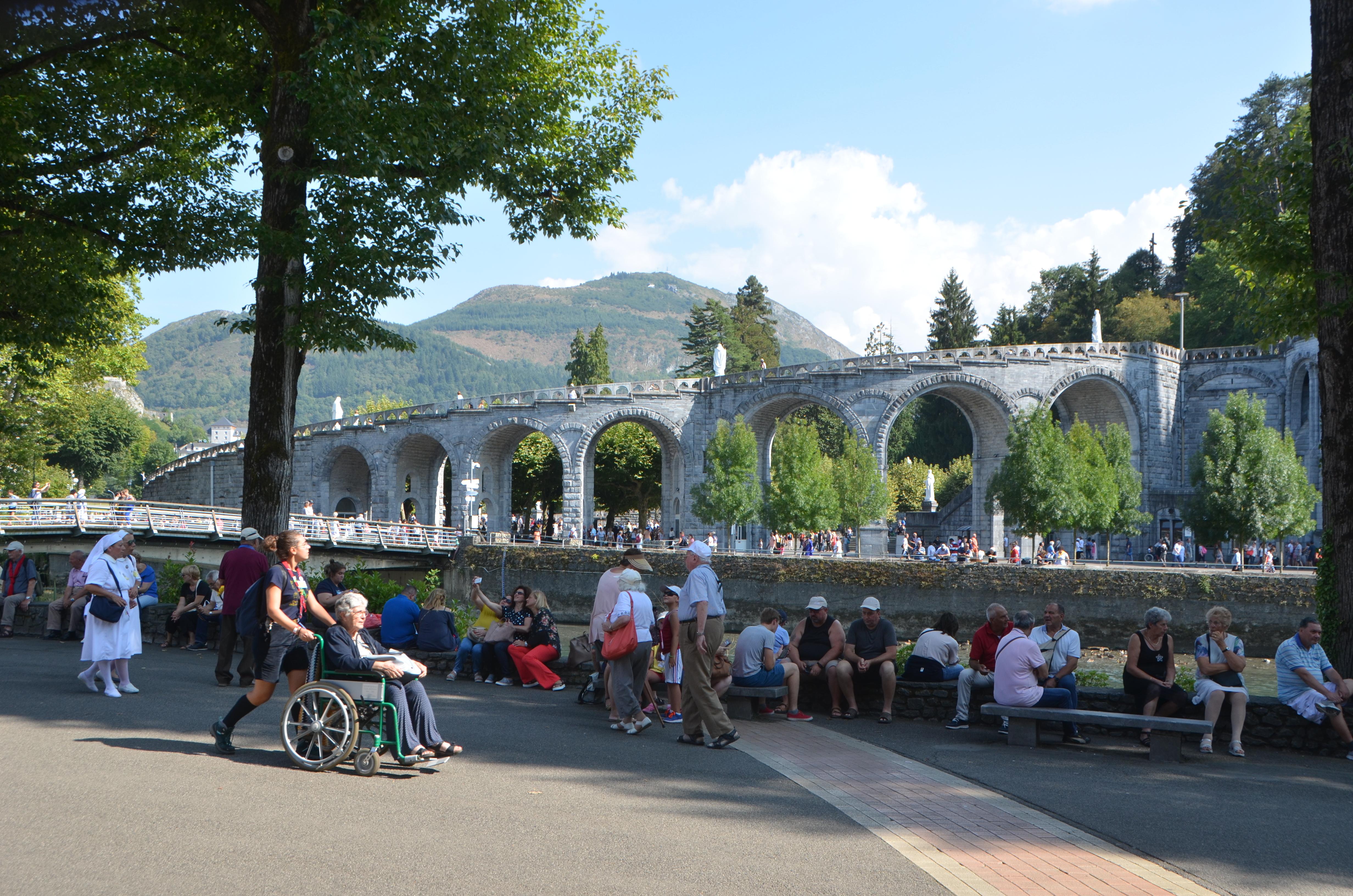 Lourdes is de plaats waar de hemel de aarde raakt. © Sabrina