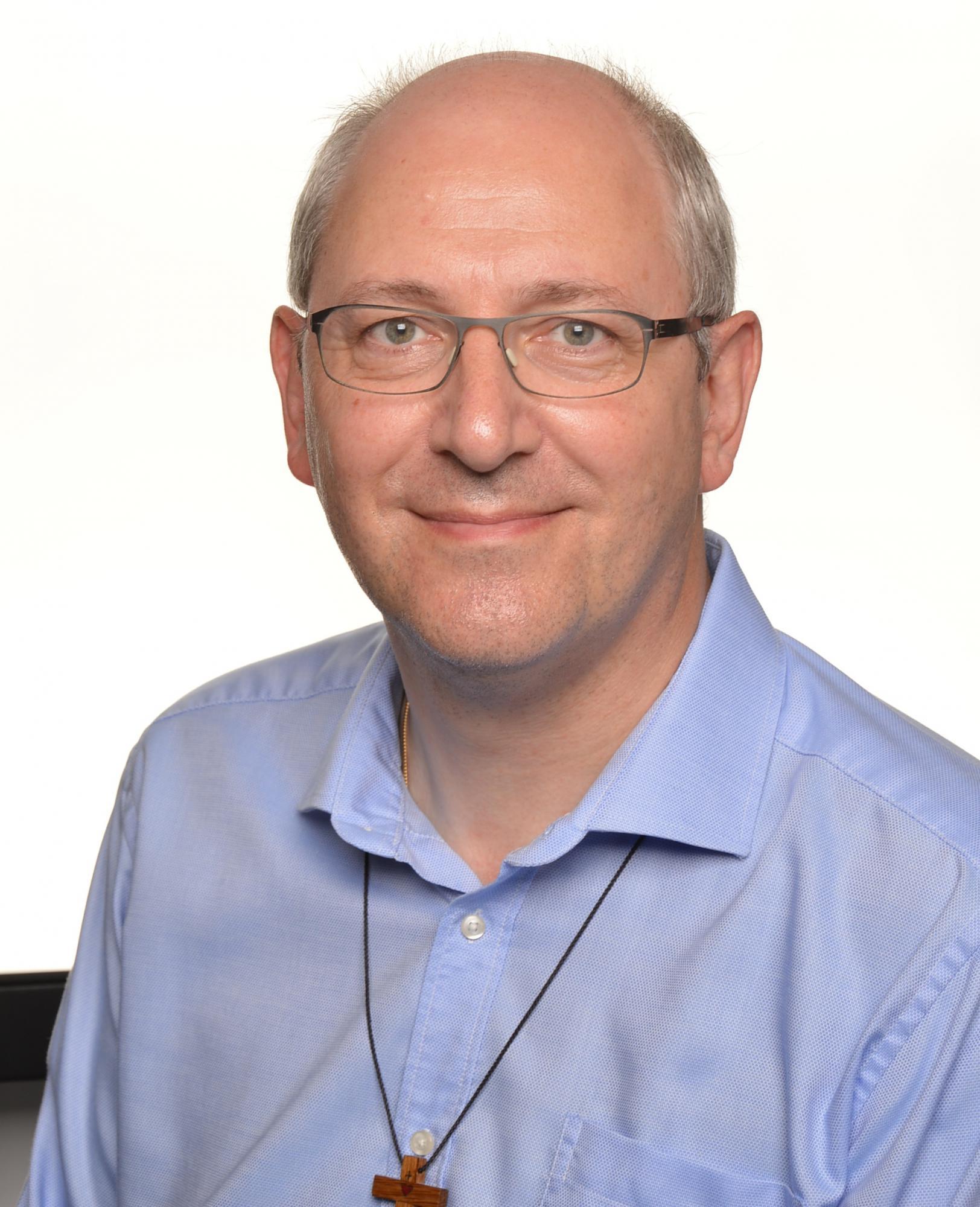 De bisschoppen hebben kanunnik Etienne Heyse (52), priester van het aartsbisdom Mechelen-Brussel, benoemd tot ziekenhuispastor van UZ Leuven © IPID