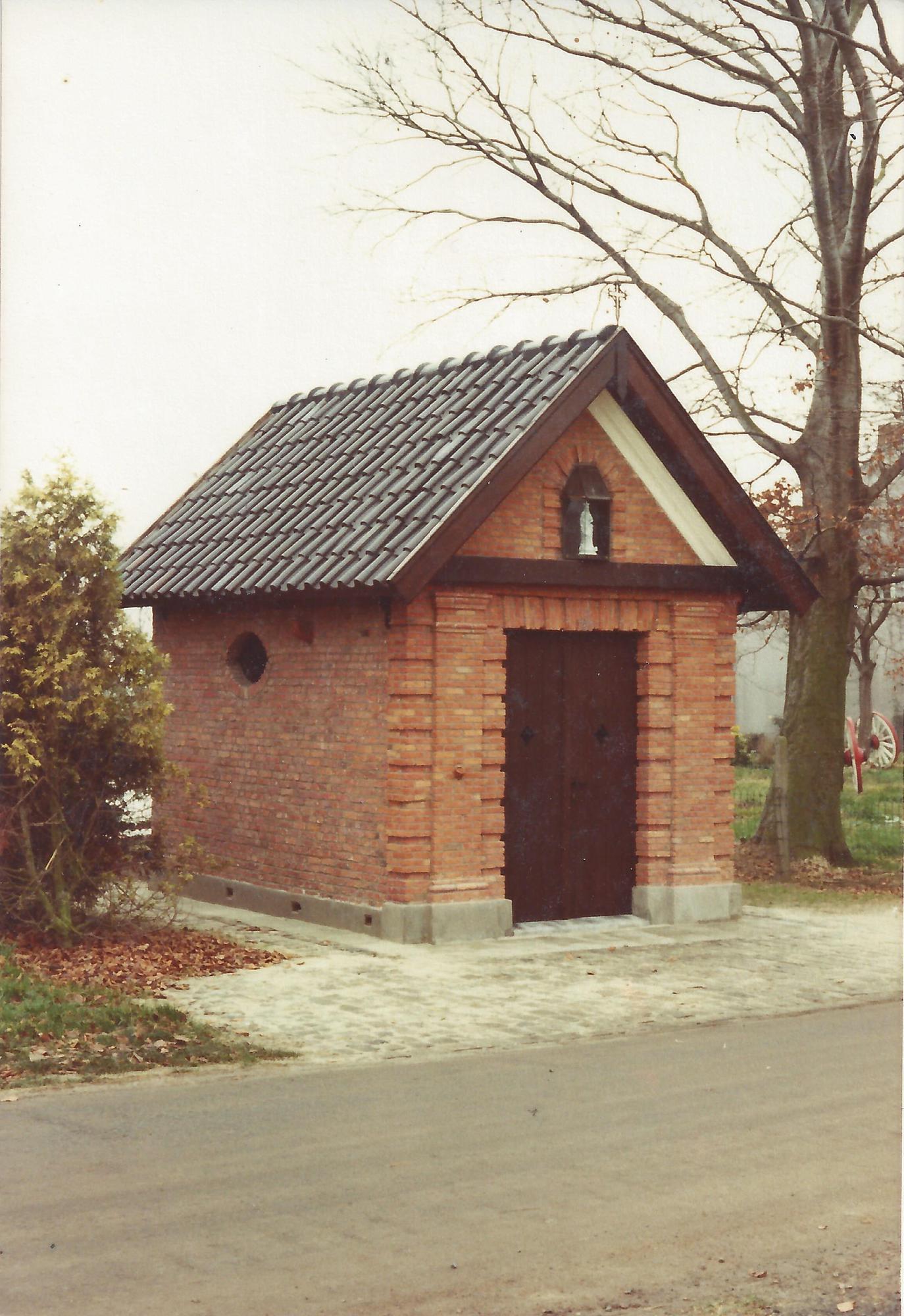 Kapel O.L.V. van Bijstand (Bredenhoekkapel) © Jozef De Roover