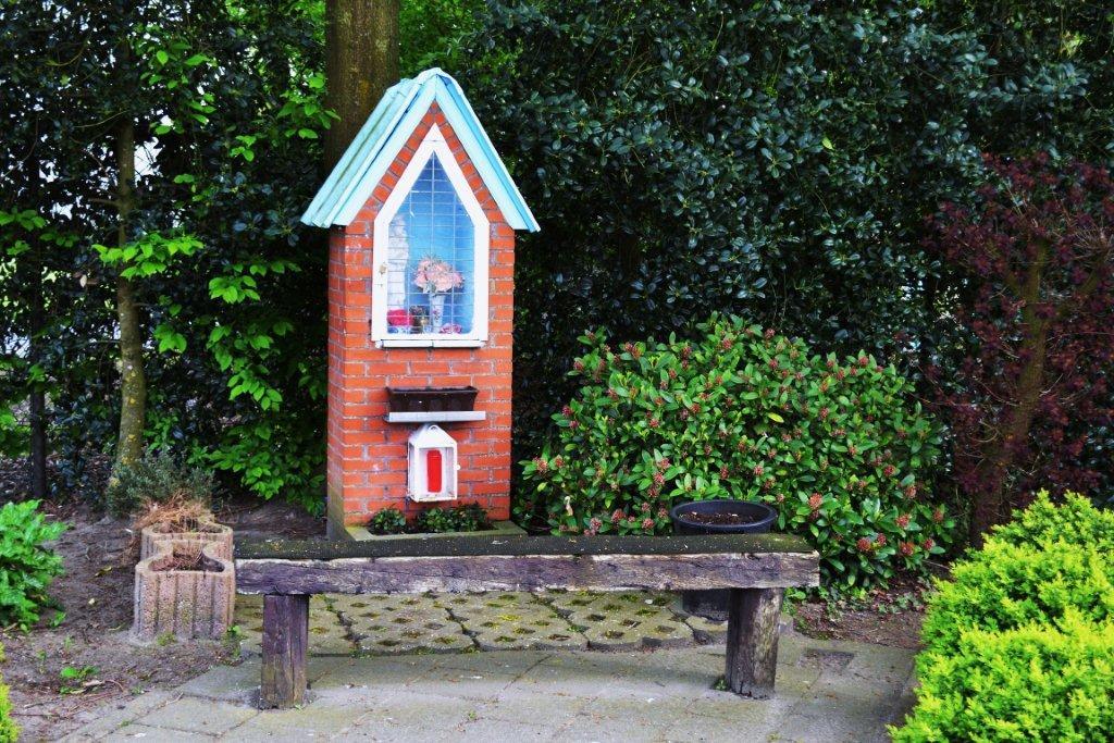 Kapel in de Ambachtelijke Zone Sint-Gillis-Waas