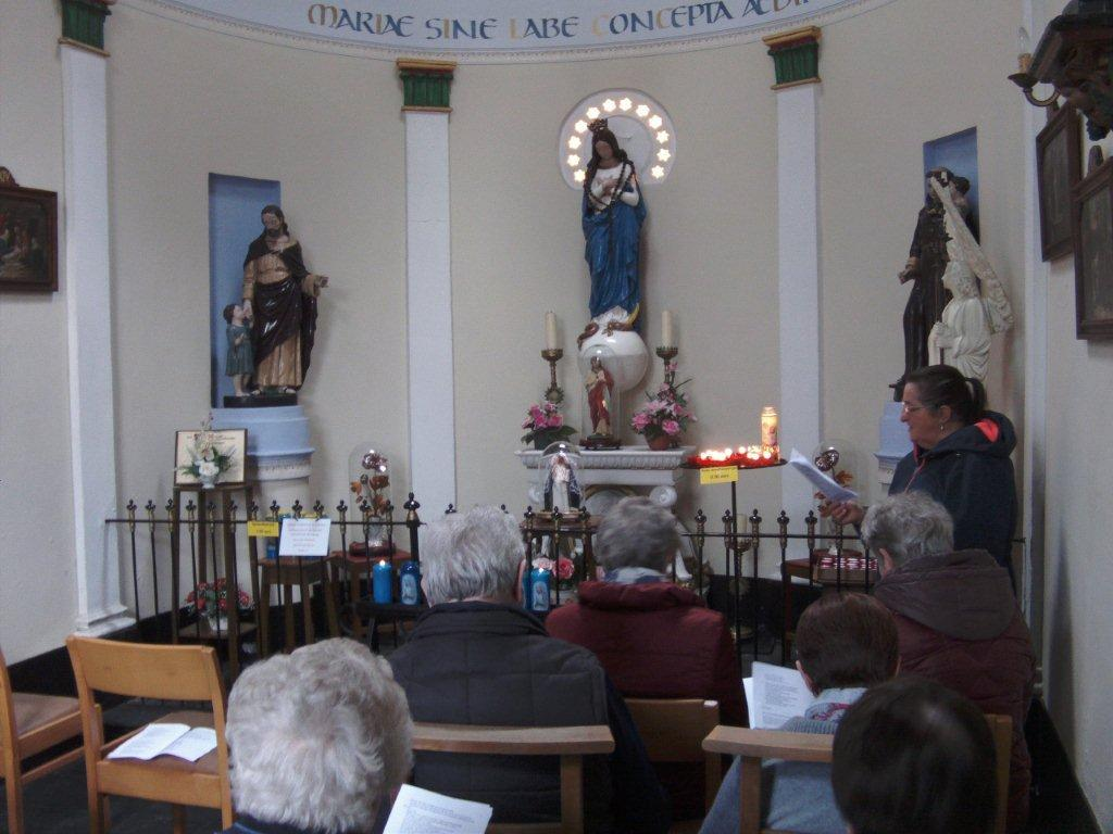 Het mooi onderhouden en gezellig kapelleke langs de Brugstraat