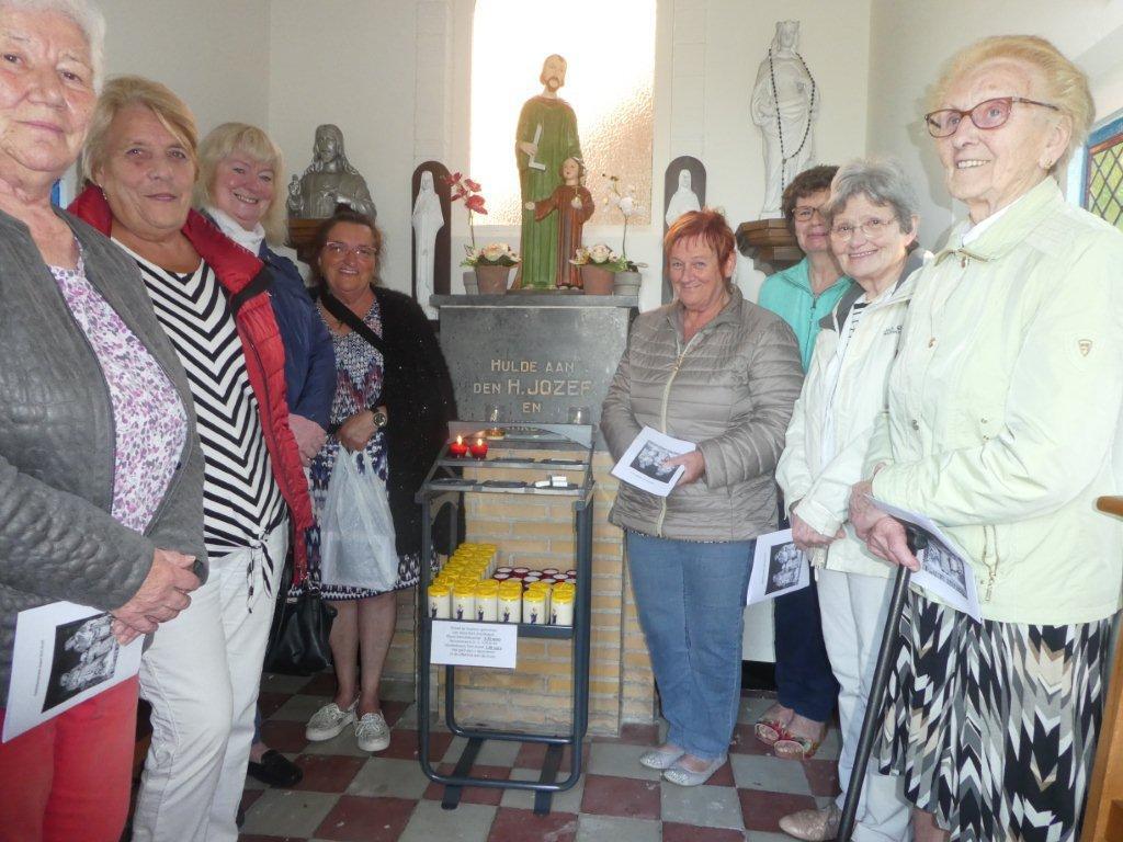 Al is deze kapel toegewijd aan Sint-Jozef komen de mensen in de meimaand graag samen om te bidden tot Maria