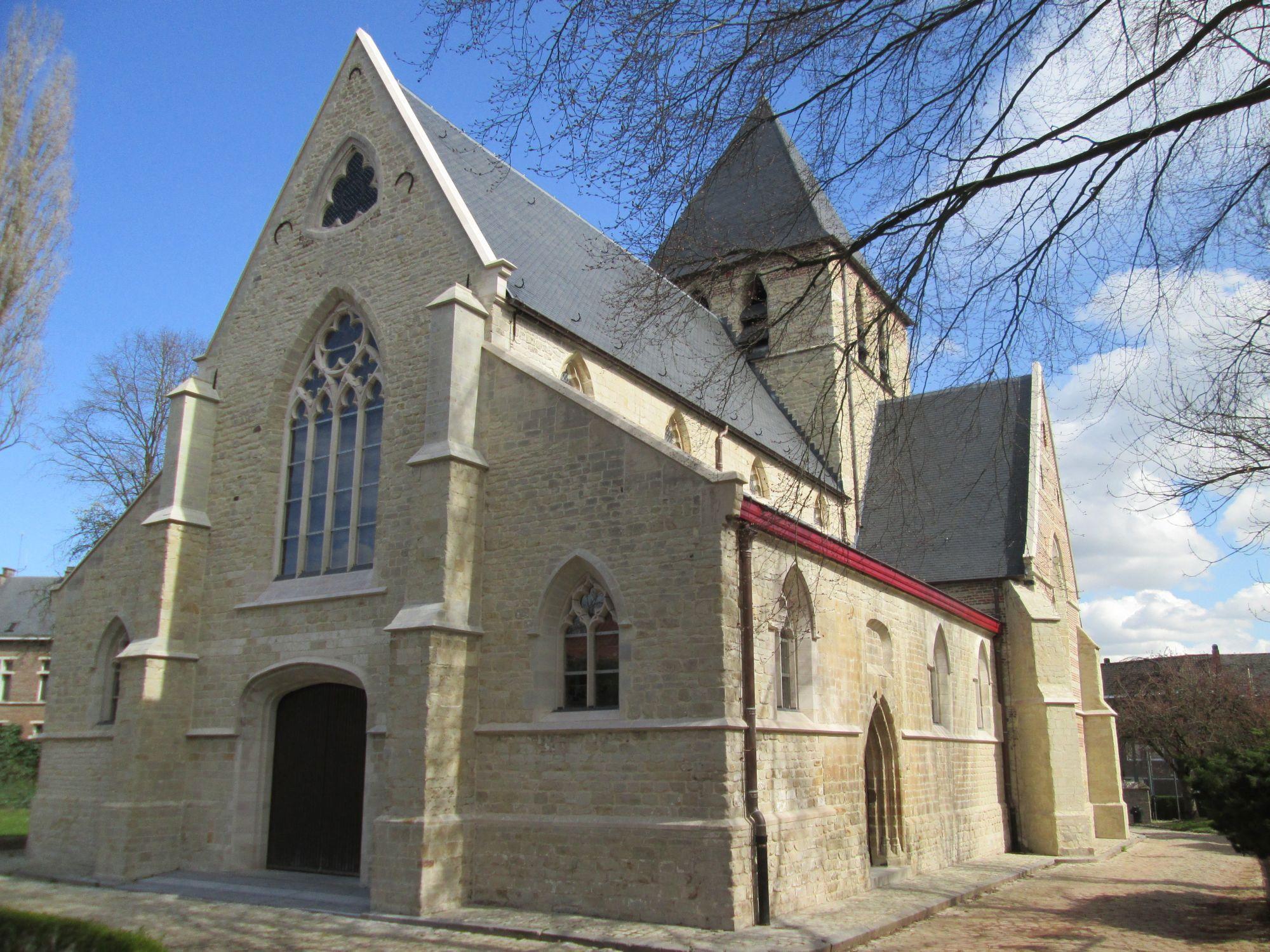 De Sint-Niklaaskerk van Drogenbos