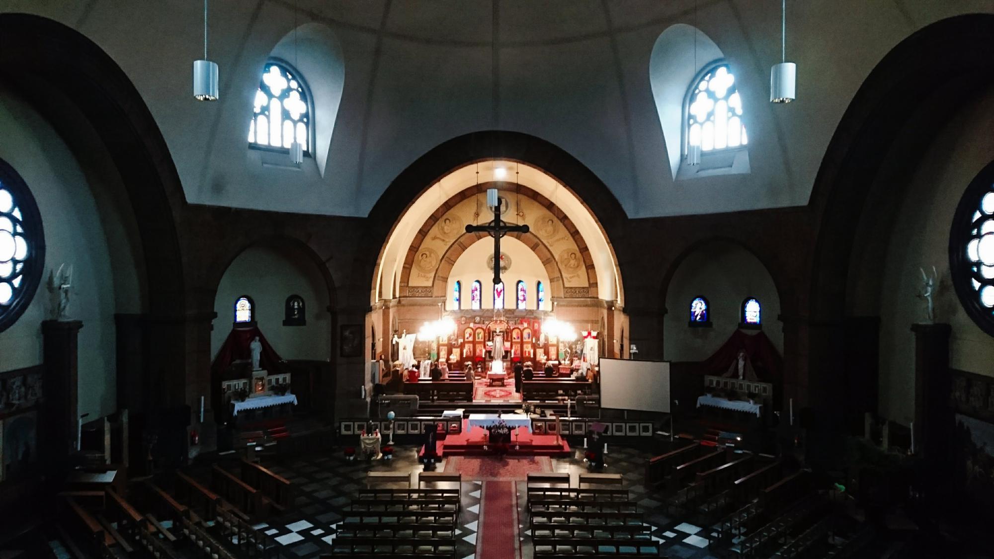 Het koor is de gebedsruimte voor de byzantijnse ritus - een kerk in de kerk