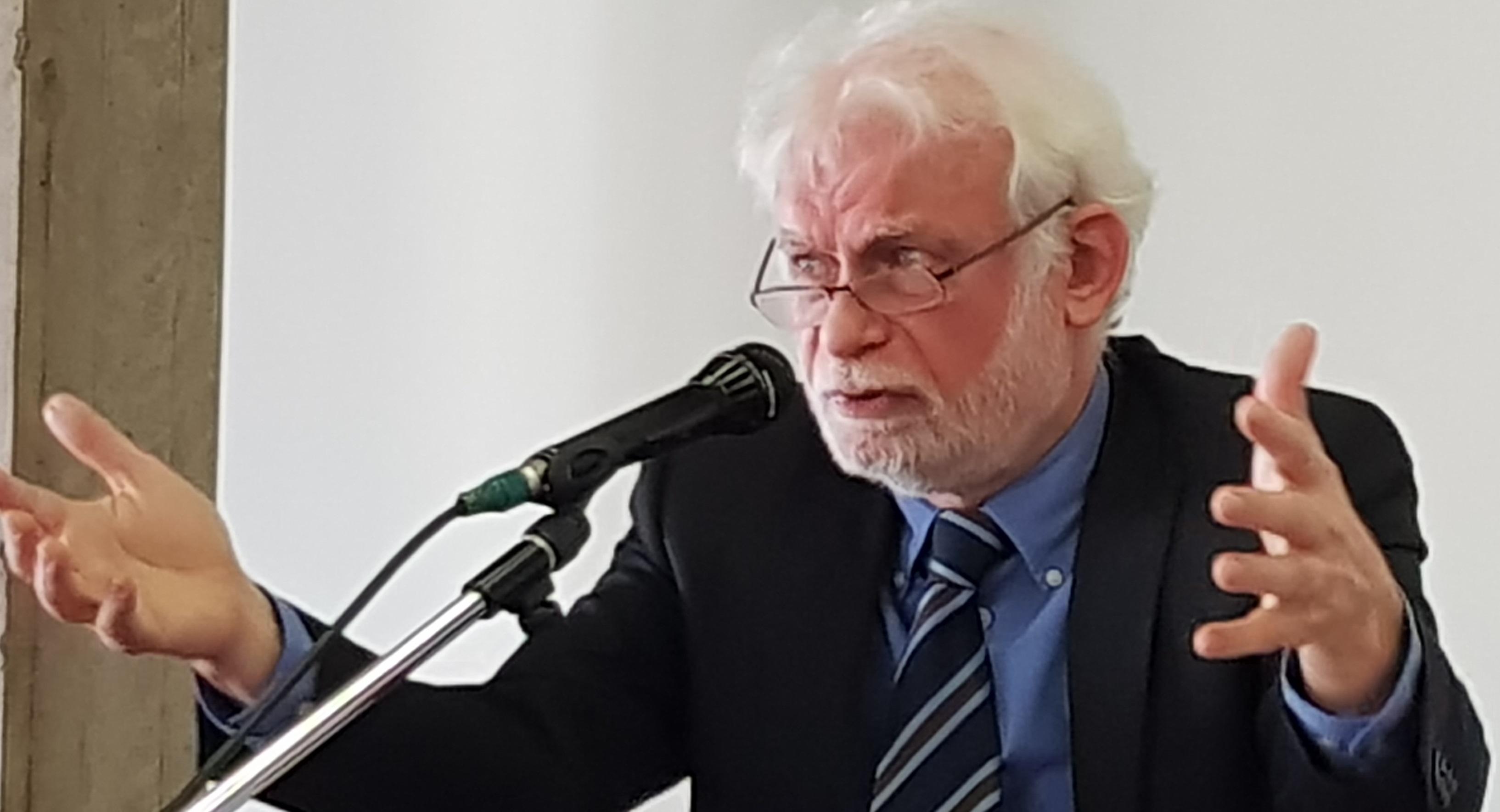 Gastspreker op het IPB-forum prof. em. Emmanuel Gerard © IPID