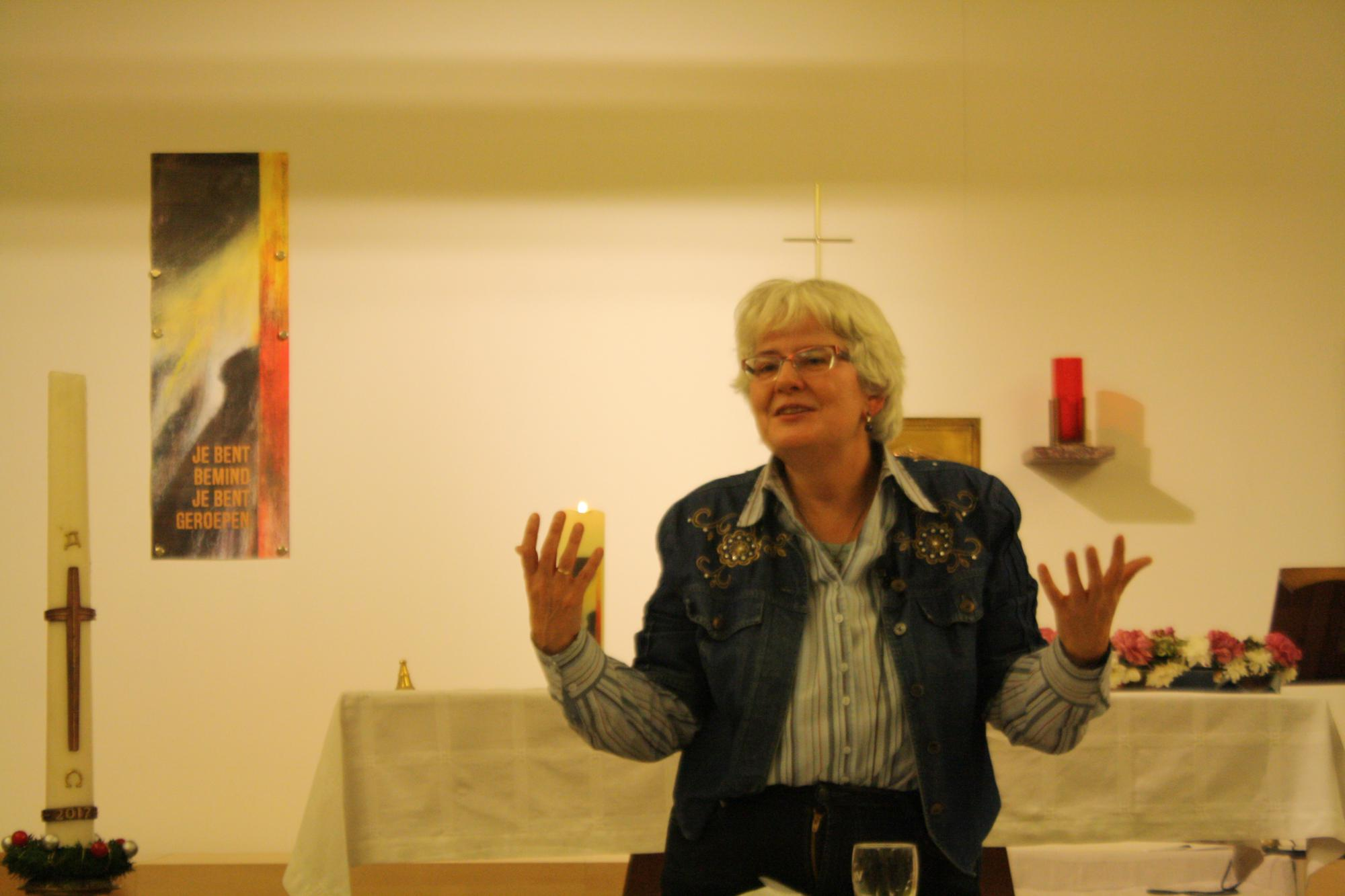 """""""Protestante en katholieke christenen blijven steeds meer naar elkaar toe groeien"""", weet dominee de Oude. © Jente Vandewijer"""