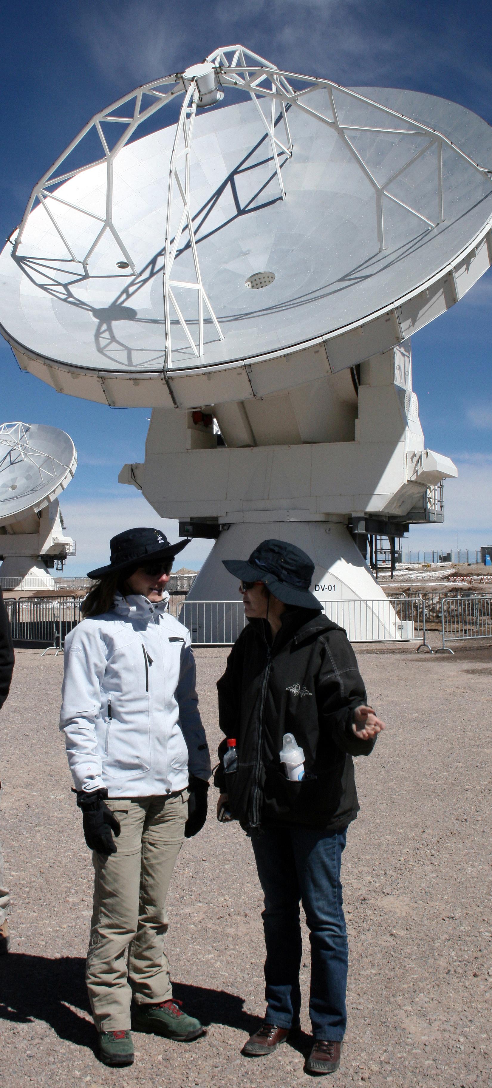 Leen bij het astronomische project ALMA in het noorden van Chili. © RR