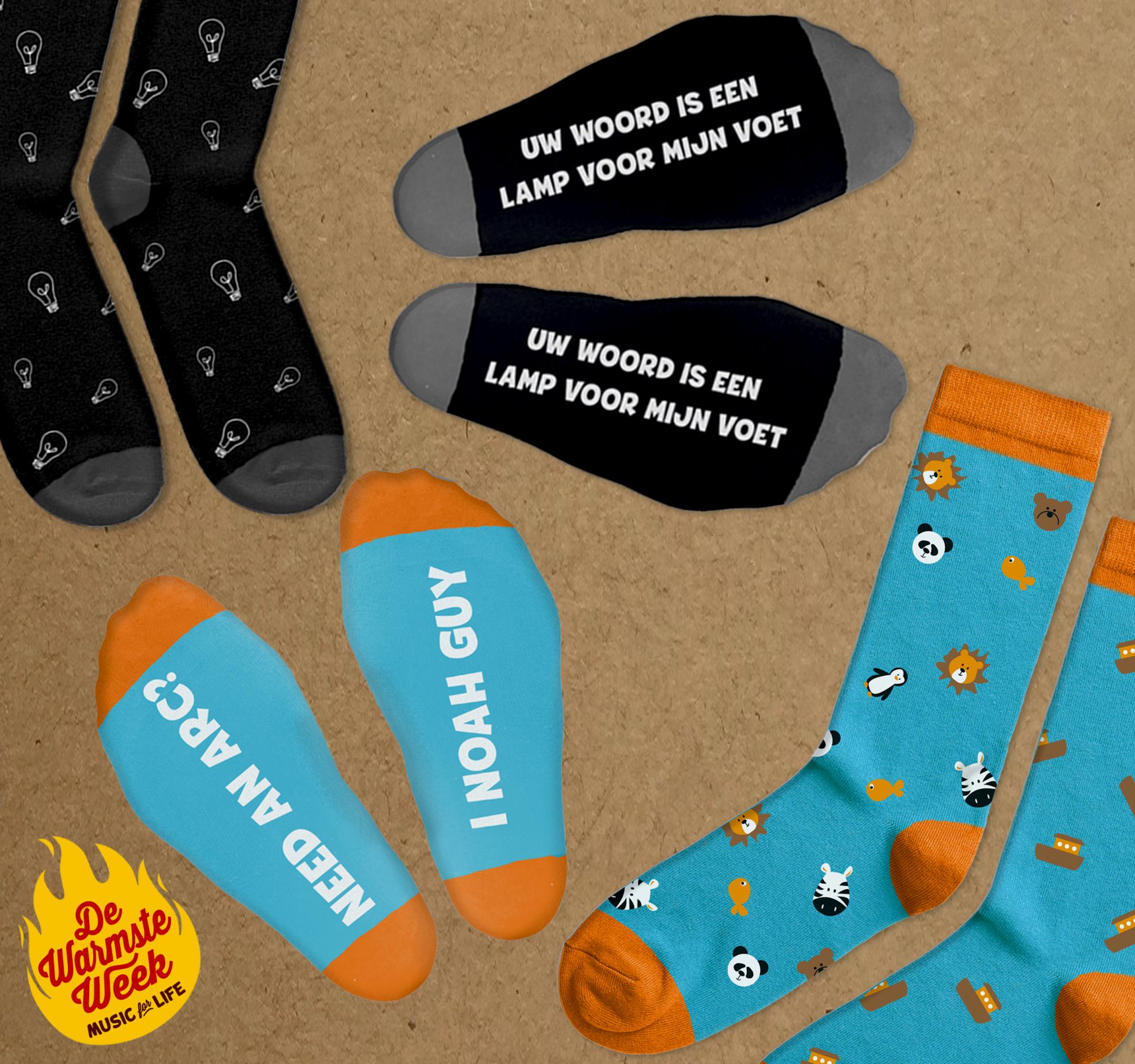 Happy socks van IJD Jongerenpastoraal Vlaanderen ten voordele van Downsyndroom Vlaanderen in het kader van de Warmste Week. © IJD