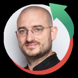 Jonas Slaats is antropoloog en theoloog. Hij is voormalig coördinator van het expertisecentrum islamitische culturen in Vlaanderen.