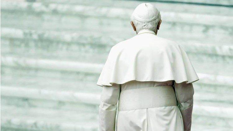 De emeritus paus Benedictus XVI © Vatican Media