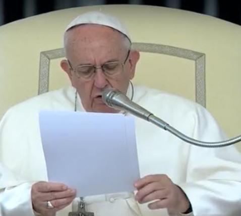 Paus Franciscus tijdens de algemene audiëntie van woensdag 10 mei 2017 © CTV