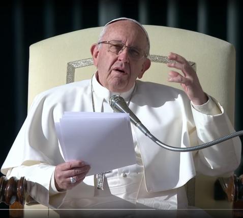 Paus Franciscus tijdens zijn catechese tijdens de algemene audiëntie van woensdag 23 november 2017 © CTV