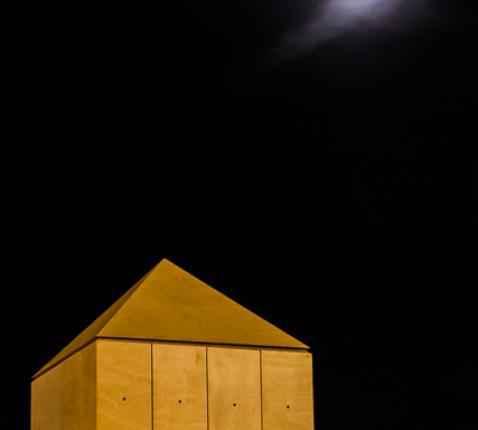 blokkenkerk in de maneschijn © Greet Polleunis