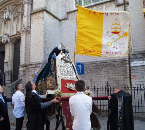 Processie Scheldewijding vertrekt vanuit de Sint-Pauluskerk te Antwerpen © Sint-Paulusparochie