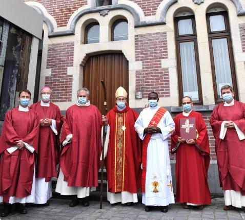 Gildas Cambia is tot priester gewijd © Piet Eggermont