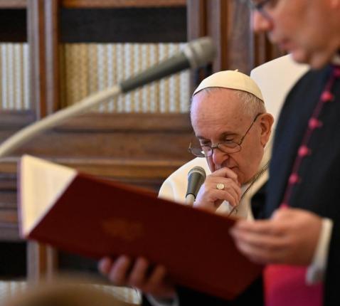 Paus Franciscus tijdens de algemene audiëntie van woensdag 21 april 2021 © VaticanMedia