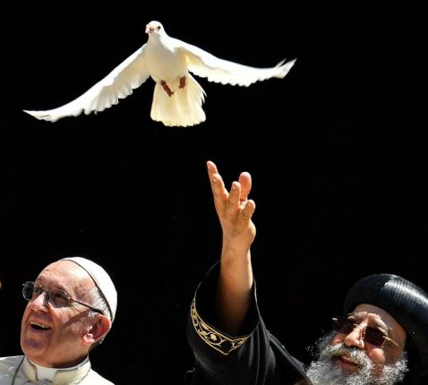 Paus Franciscus en de Koptisch-orthodoxe paus, patriarch Tawadros II van Alexandrië © VaticanMedia