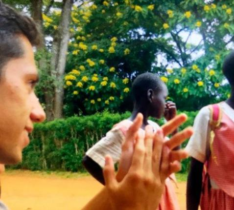 Catechist aan het werk in Oeganda © VaticanNews