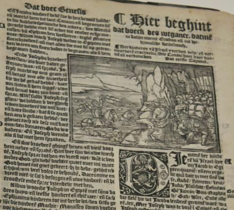Pas in de Middeleeuwen werd de Bijbel ook in het Nederlands vertaald © Expo Heilig Schrift/Philippe Keulemans
