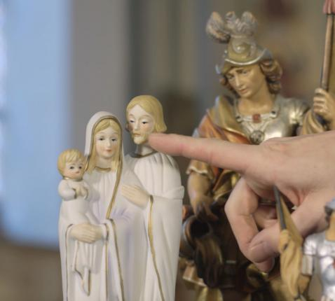 Met zijn eerste heiligenbeelden wist China de Europese markt niet te overtuigen.  © Kerknet