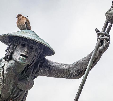 Het beeld van Sint-Rochus, een van de bekendste epidemieheiligen, in Aarschot.  © Luk Vanmaercke