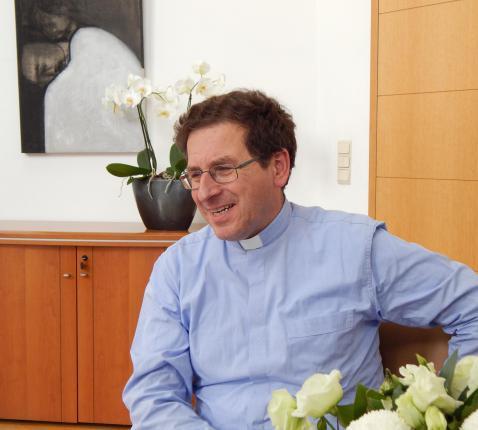 De redactie van Zacheüs in gesprek met de bisschop-referent voor liturgie © ICL