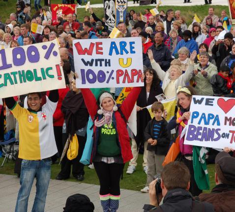 Katholieke jongeren tijdens het pausbezoek in Birmingham © Philippe Keulemans