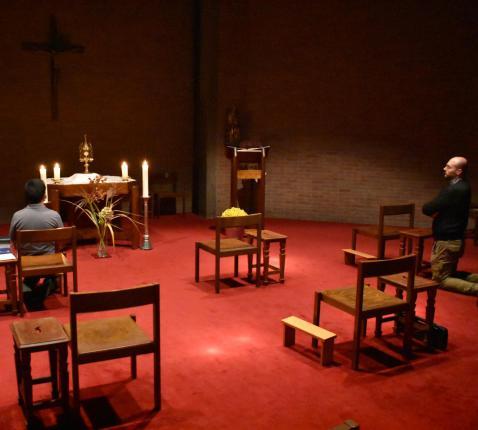 aanbidding in de seminariekapel  © johannes XXIII-seminarie