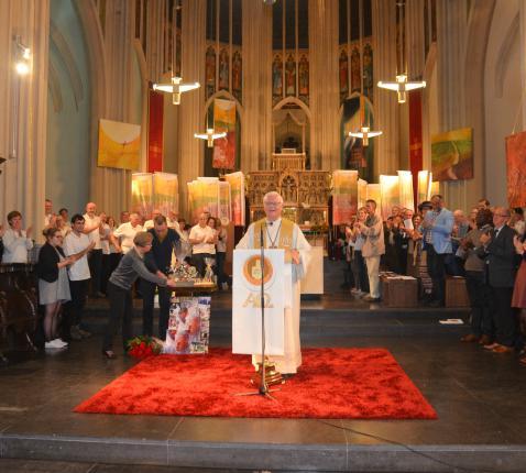 Dag op dag 20 jaar geleden werd mgr. Hoogmartens tot bisschop gewijd. Ook dat jubileum werd gevierd. © Persdienst bisdom Hasselt