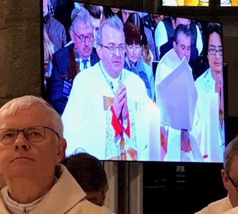 Harrie Smeets wordt tot bisschop van het Nederlands-Limburgse Roermond gewijd in aanwezigheid van zijn Belgisch-Limburgse collega Patrick Hoogmartens © mgr. Jean-Pierre Delville