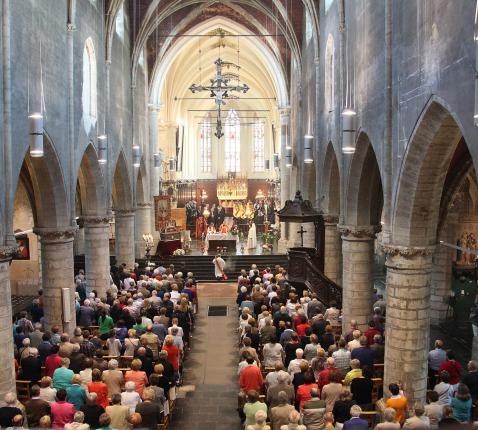 Sint-Hermes in Ronse wordt basiliek © Milo Van den Driessche