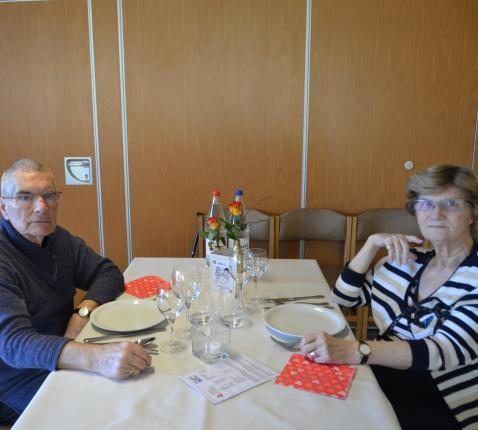 Julien Vandenberghe en z'n vrouw Louisette. © Woon- en Zorgcentrum Sint-Jozef