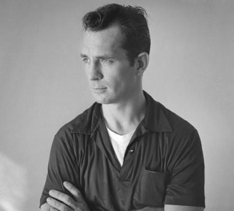 Jack Kerouac in 1956, rond het verschijnen van 'On the road'. © Wiki / Tom Palumbo