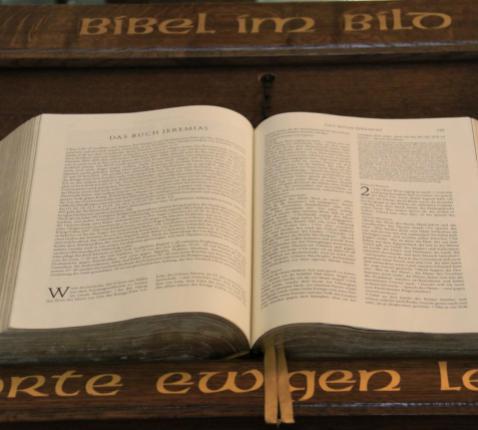 Bijbel © Mia Verbanck