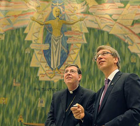 Kardinaal Kurt Koch met Olav Fykse Tveit van de Wereldraad © WCC