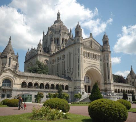 Heiligdom Lisieux © Toerisme Normandië