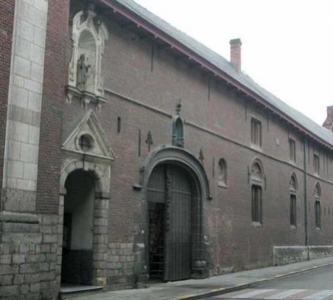 Het klooster van het Onze-Lieve-Vrouwhospitaal op het Buda-eiland in Kortrijk © Beeldbank Vlaanderen