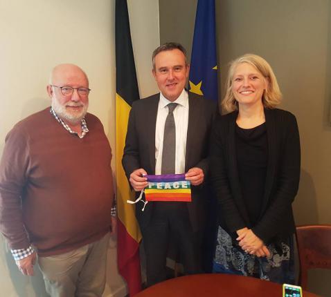 In gesprek met de Belgische Ambassadeur Luc Jacobs.  © Annemarie Gielen/PCV