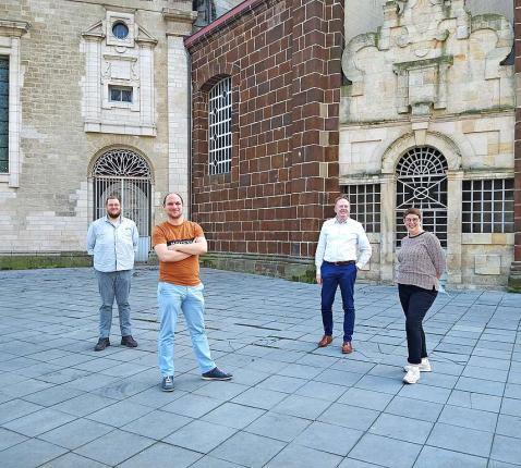 Van links naar rechts: Pieter Van Wetten, Hans Mannaerts, Steven De Ceuster en Elly Mattheus.  © Geert Narinx