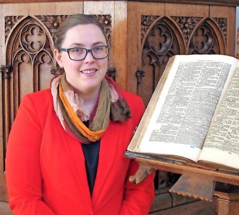 """Jannica de Prenter: """"De Bijbel is een richtsnoer voor mijn leven."""" © © VPKB Brugge"""