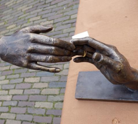 Handen © Roel Wijnants via Flickr