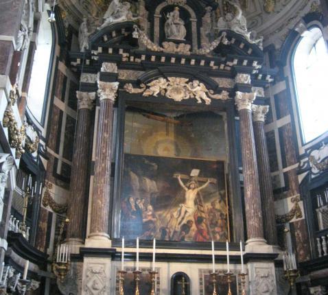 Schilderijwissel in de Sint-Carolus Borromeuskerk © TOPA