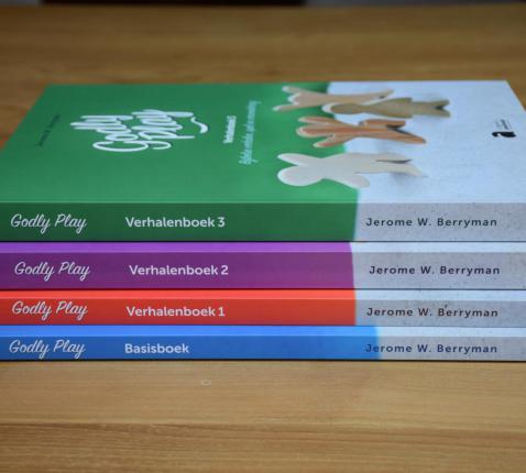 Vier Godly Play boeken in het Nederlands © Hilde Pex