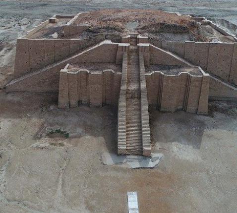 De toren van de Mesopotamische stad Ur © Vatican Media