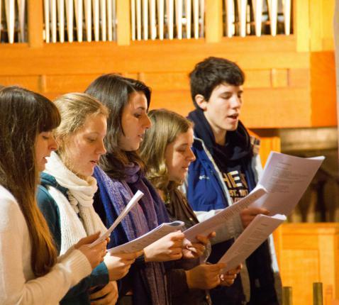 """""""Zing voor God met een dankbaar hart psalmen, hymnen en liederen, ingegeven door de Geest"""" (Kol 3, 16) © Koen Van den Bossche"""