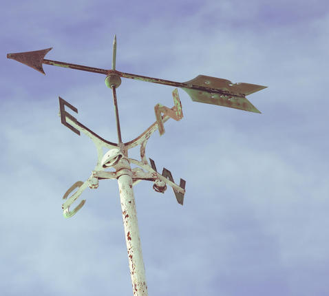 arrow © RR
