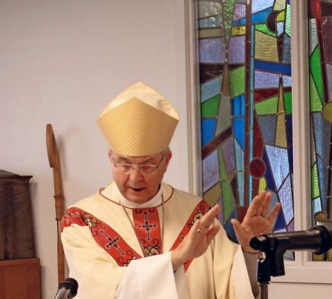 Bisschop zendt Ria © Heike Diederich
