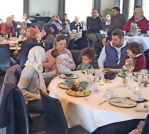 Het werk van de Marrakeshgroep is een interreligieuze ontmoeting. Delen wie we zijn en elkaar dragen als gelovigen, in het besef dat dezelfde God ons draagt. © Peter Rogé