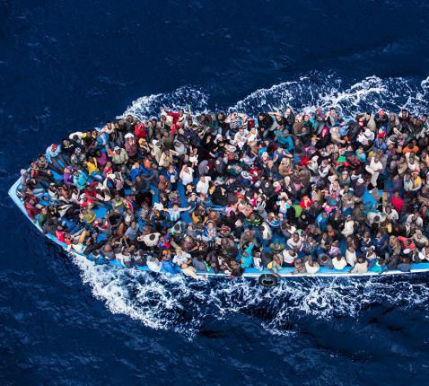 Bootvluchtelingen op de Middellandse Zee © RR